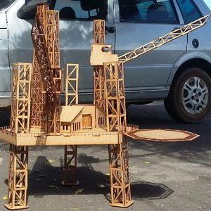 Макет нефтяной платформы