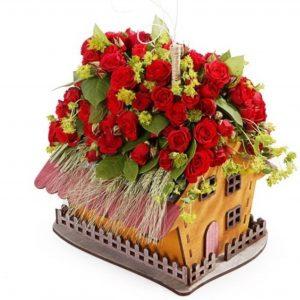 домик под цветы