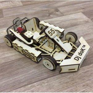 Макет гоночного автомобиля