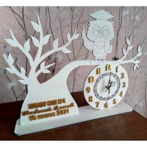 Макет часов с совой на дереве