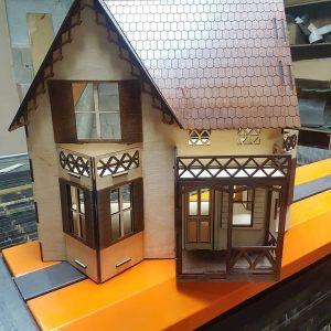 Кукольный дом из фанеры