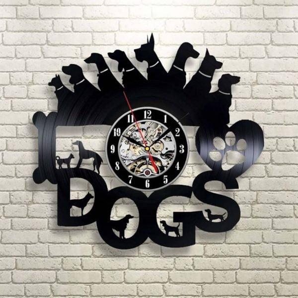 Макет часов с собаками
