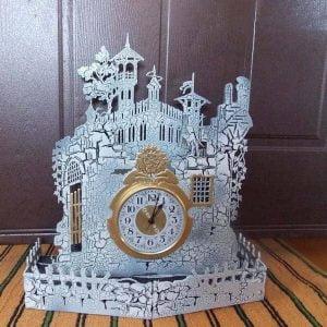 Часы старинный замок макет