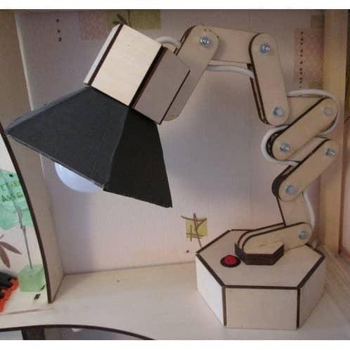 Макет настольной лампы из фанеры