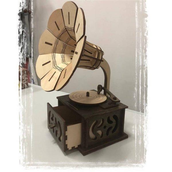 Шкатулка граммофон
