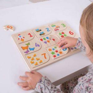Макет детских пазлов с цифрами