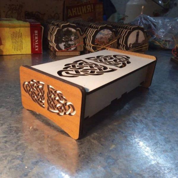 Подарочная шкатулка из фанеры