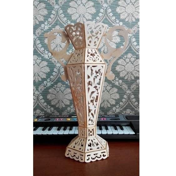 Макет высокой вазы с ручками