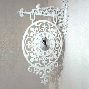 Часы подвесные с узором