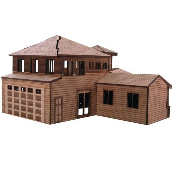 Дом с гаражом и пристроем