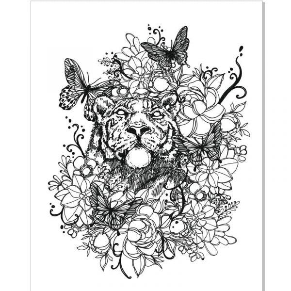 Львица в цветах