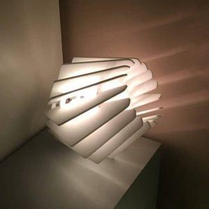 Плафон светильника из белого акрила