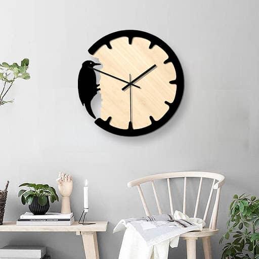 Макет часов с дятлом