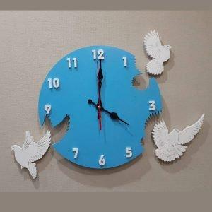 Часы с голубями макет