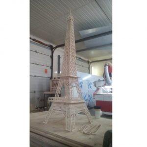 Эйфелева башня макет