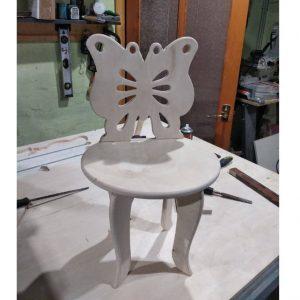 Детский стульчик со спинкой