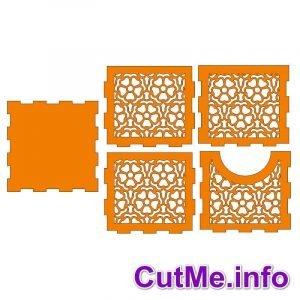 Квадратная салфетница с цветами